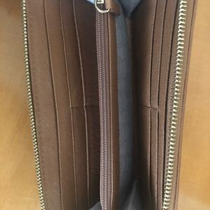 Brown Michael Kors Large Wallet
